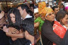 7 Seleb cantik Bollywood ini pernah alami perlakuan buruk dari fans