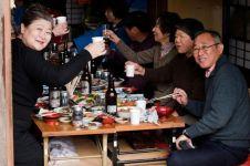 5 Negara ini punya penduduk paling panjang umur sedunia, 3 dari Asia