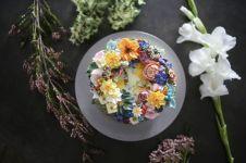 10 Kue cantik ini detailnya tampak seperti asli, nggak tega mau makan