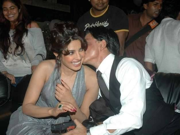 Seleb Bollywood Kissing Others © 2017 brilio.net
