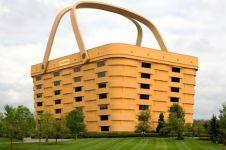 10 Bangunan dengan bentuk paling aneh di dunia, arsiteknya gokil