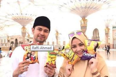 Nggak cuma ibadah, 6 hal ini juga dilakukan artis Indonesia saat umrah
