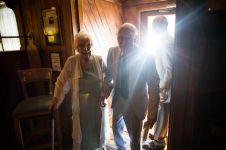 Nenek 98 tahun lamar kekasihnya yang berumur 94 tahun