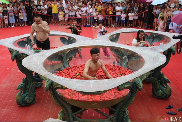 lomba makan cabai china berbagai sumber