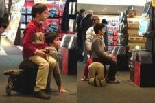 10 Foto bukti anak kecil saja tahu arti kerja sama, yang dewasa nyadar