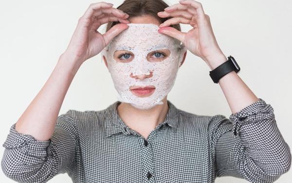 lace your face dermovia  © 2017 berbagai sumber
