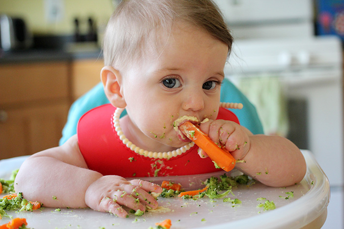What Age Can Babies Eat Solid Food