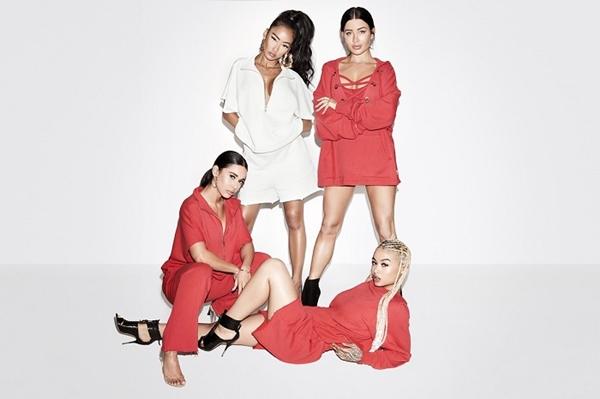 khloe kardashian line of sweats  © 2017 berbagai sumber