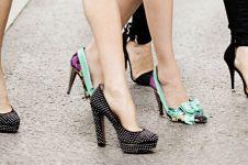 6 High heels hack yang wajib cewek tahu, tetap nyaman namun stylish