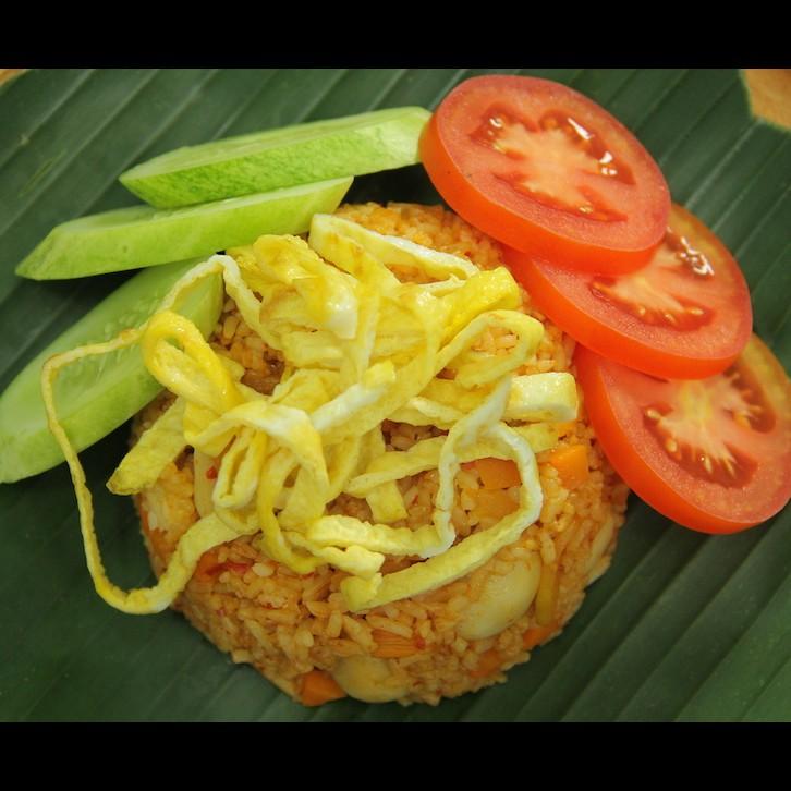Bosan nasi goreng gitu-gitu aja? Yuk cobain resep nasi goreng mangga © 2017 brilio.net