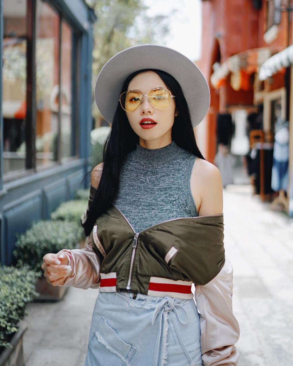 tren kacamata kuning © 2017 Instagram