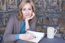 JK Rowling minta penggemar tidak pelihara burung hantu, ini alasannya