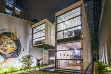 15 Gaya arsitektur kantor modern pakai kontainer, kerennya kebangetan