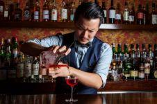 4 Kelakuan menyebalkan ini kerap dilakukan pengunjung ke bartender