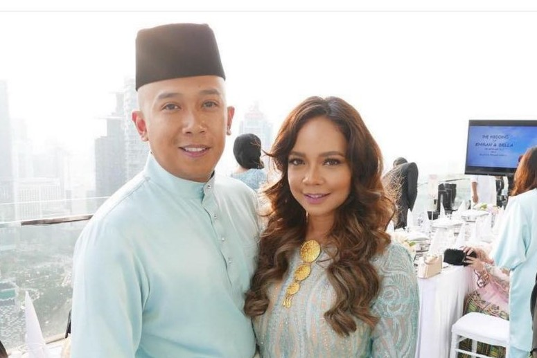 5 Foto pasangan artis Malaysia mak comblang Engku Emran dengan Bella
