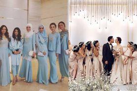 Bukan kebaya, gaun bridesmaid di nikahan 15 seleb ini simpel banget