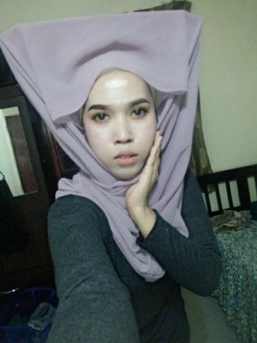 https://cdn.brilio.net/news/2017/09/16/132043/678547-hijaber-kocak-malaysia.jpg