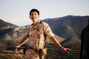 Song Joong-ki didapuk jadi model sampul buku kecantikan khusus pria