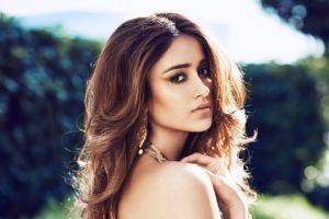 Aktris India ini pernah ingin bunuh diri karena idap sindrom tak pede