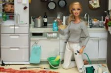 10 Boneka Barbie tema psikopat ini ngeri abis, nggak ada lucu-lucunya