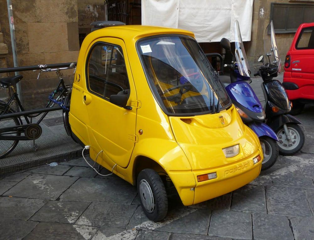 Duel Pasaran Mobil Kecil: Suzuki Maruti vs Tata Nano ...
