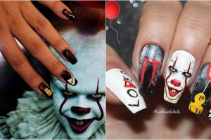 10 Nail art tema film horor IT ini ngehits di Instagram, kreatif abis