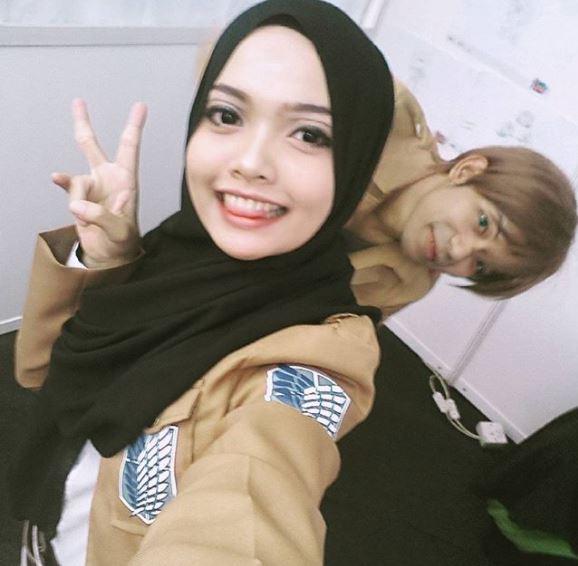 Malaysian Cosplayer