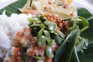 10 Menu petai cina yang bikin selera makanmu tergugah, laper nih