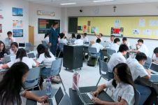 Di sekolah ini siswa pakai chromebook, belajar jadi lebih menarik lho