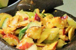 Tak cuma buah dan cingur, ini 10 macam rujak lain khas Indonesia