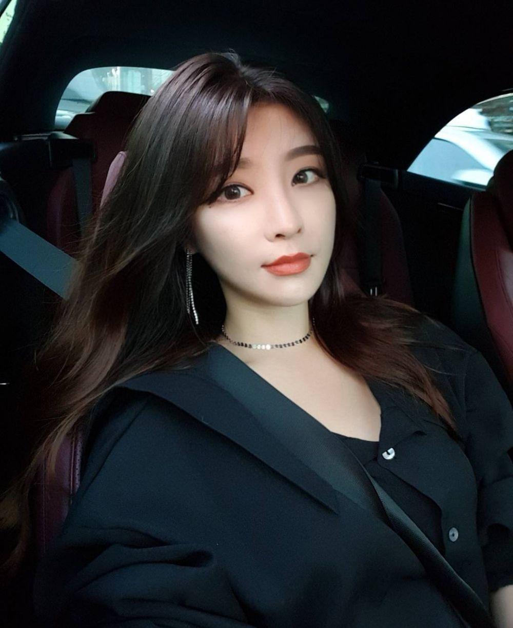 Park Hyun Seo © 2017 instagram.com/hyunseo_hi