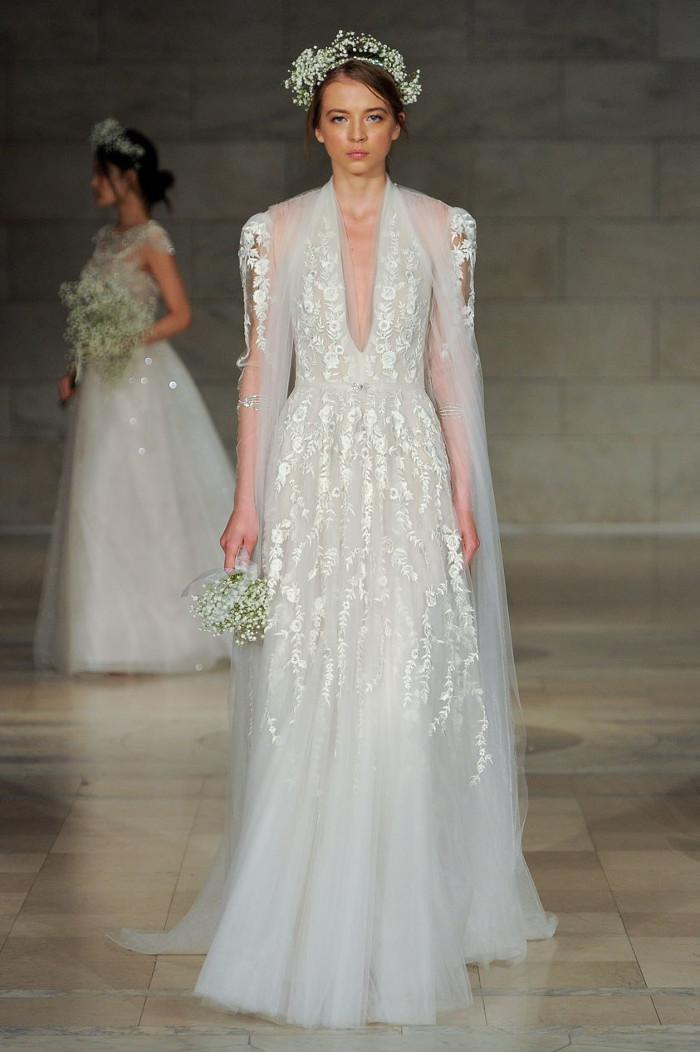 gaun pengantin reem acra  © 2017 berbagai sumber