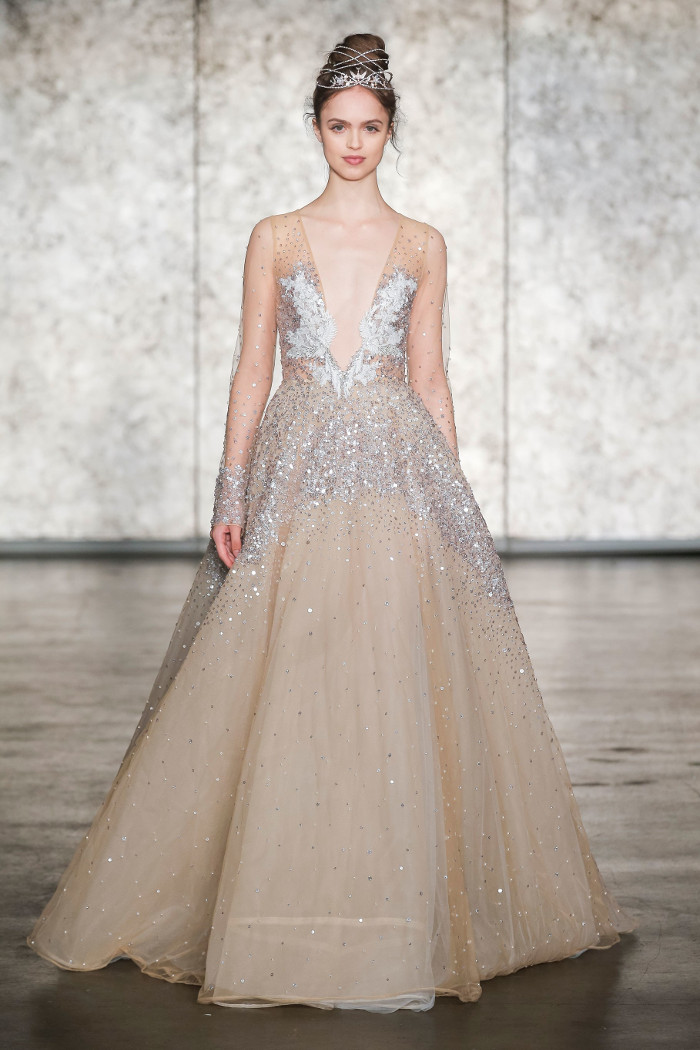 gaun pengantin terbaik BFW  © 2017 berbagai sumber