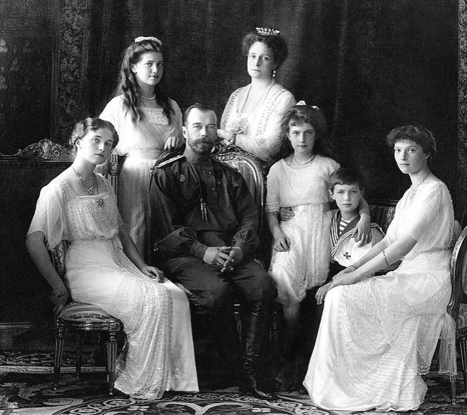 Begini nasib tragis 4 keluarga kerajaan saat monarki dihapuskan