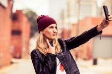 4 HP murah yang terbaik untuk selfie, resolusi kamera lebih dari 10 MP