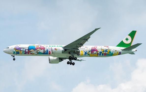 10 Pesawat yang dilukis ini keren banget, ada gambar Hello Kitty