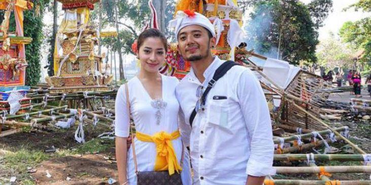 6 Potret prewedding Tutde mantan Nikita Willy, ala Bali tempo dulu