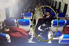 2 Pria ini terciduk kamera CCTV mencuri di kereta api eksekutif, duh!