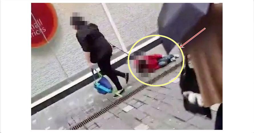 Aksi wanita jalan kaki seret anak kecil pakai tali ini tuai kecaman