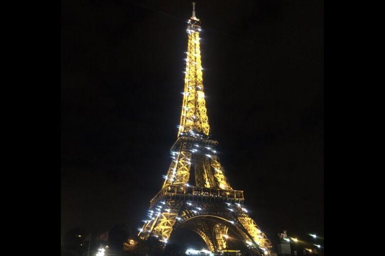 Wisatawan dilarang foto di menara eiffel pada malam hari kenapa thecheapjerseys Images