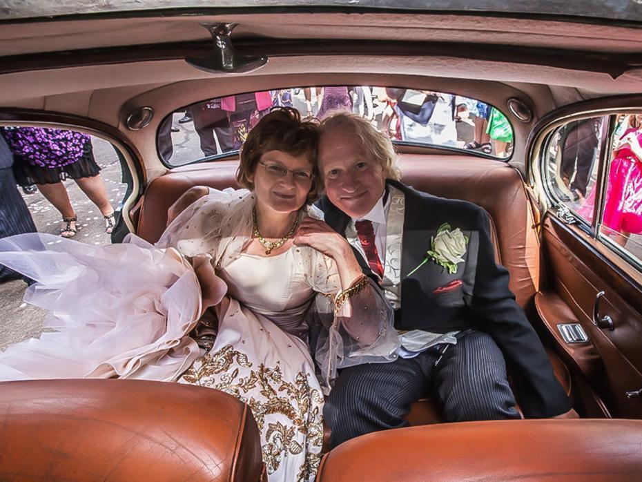 Sempat tak direstui, pria ini bisa nikahi kekasihnya 40 tahun kemudian