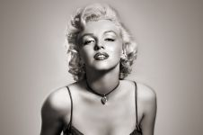 8 Artis cantik Hollywood era 40-an ini ternyata juga lakukan oplas