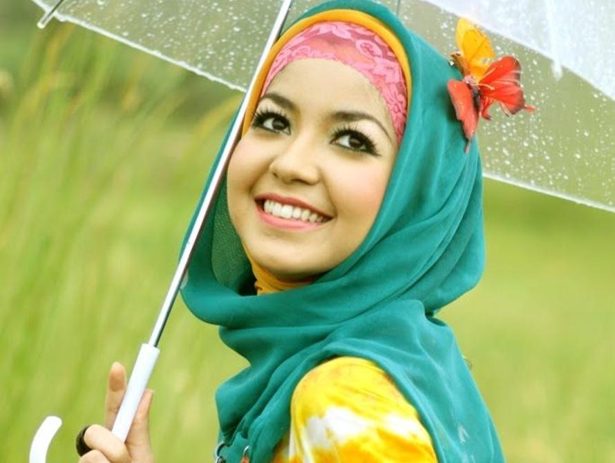 padupadan hijab lipstik © 2017 brilio.net