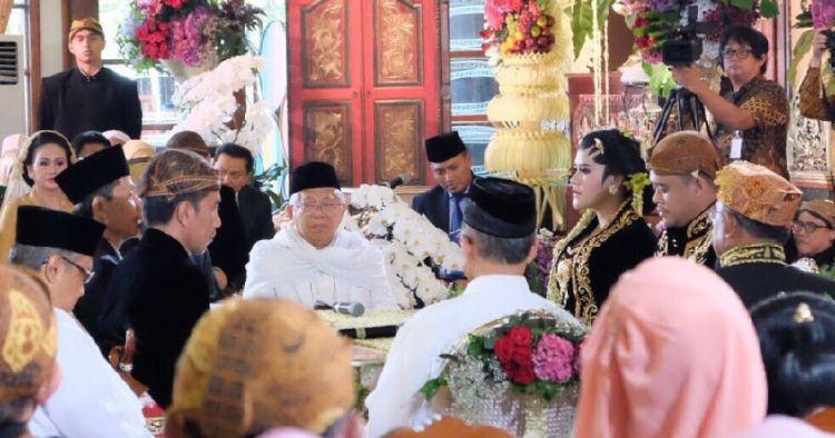 5 Keunikan saat kemeriahan pernikahan Kahiyang-Bobby di Solo