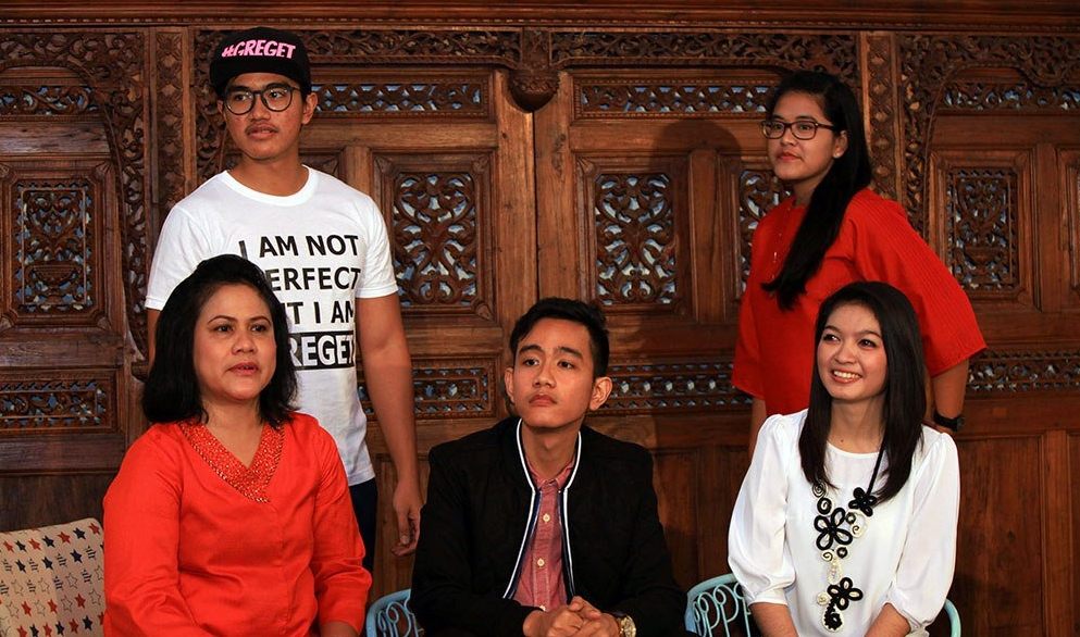 Potret masa kecil 3 anak Presiden Jokowi, beda banget dengan sekarang