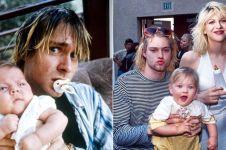 20 Foto langka momen terakhir Kurt Cobain bermain dengan anaknya