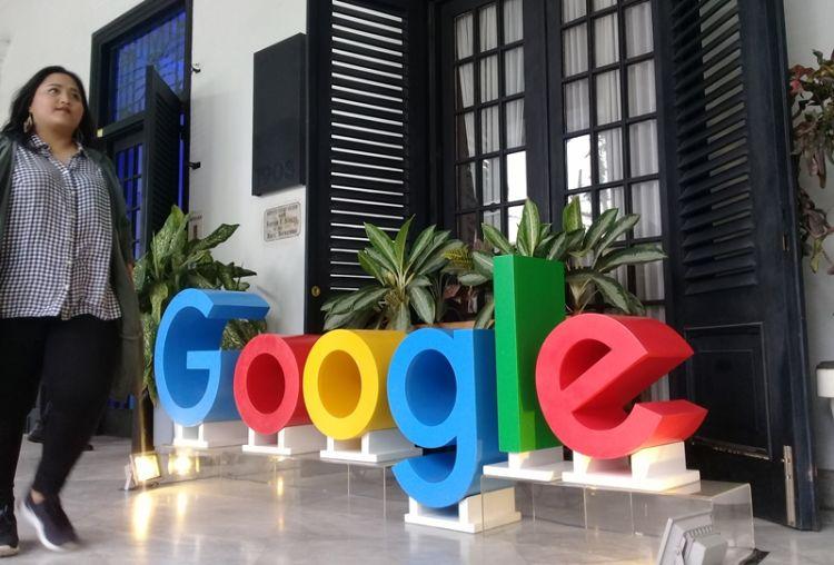 Mau liburan asyik sekarang nggak perlu repot, cari di Google beres deh