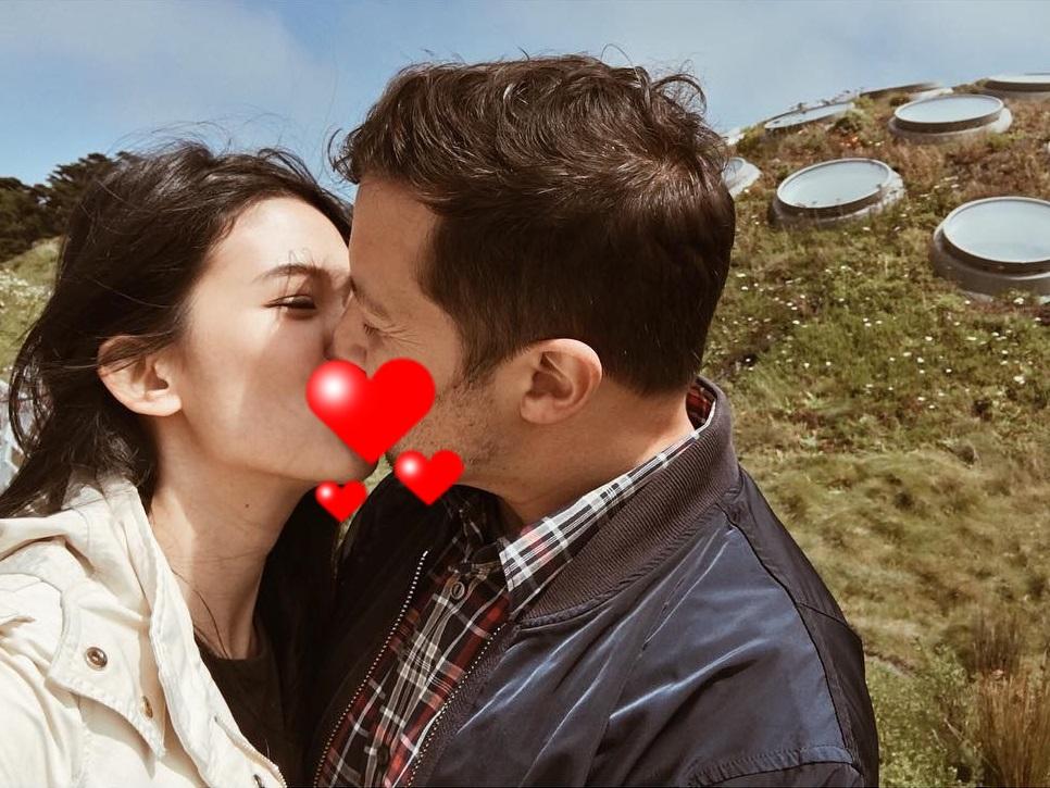 10 Foto Albert Lozano, pria bule yang ciuman dengan Pica Priscilla