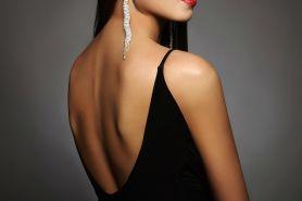 7 Macam bra yang bisa jadi pilihan saat pakai gaun backless