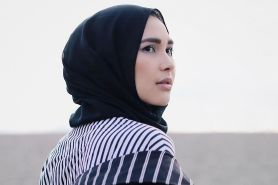 9 Mix & match stripe outfit ala desainer Rani Hatta, stylish abis